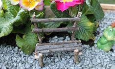 garden furniture Cute project for a DIY fairy garden My Fairy Garden, Gnome Garden, Fairy Gardening, Garden Fun, Container Gardening, Fairy Garden Furniture, Twig Furniture, Miniature Furniture, Modern Furniture