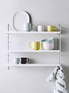 The beautiful String Pocket shelving system by Nisse Strinning stocked by Great Dane as it appears in the new Country Road image campaign Est Magazine Display Shelves, Shelving, Room Shelves, String Regal, String Pocket, String Shelf, Timber Shelves, Brian Atwood Shoes, Decoration