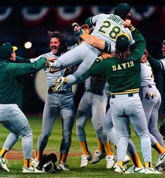 1989 MLB World Series Champion Oakland Athletics sweep the San Francisco Giants. The Earthquake Series.