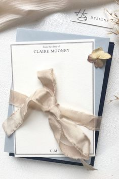 Personalised stationery, the best gift to yourself or to a friend. These packs come in with matching envelopes in their own beautiful box  #personalisedstationery #customstationery #stationerydesigns #stationerypacks #stationerylover #stationerygifts #stationeryforher #stationeryforhim #giftsforher #giftsforhim #weddinggifts #birthdaygifts