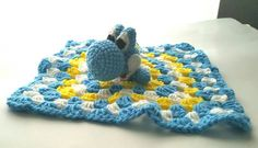 Crochet Lovey, Crochet Cross, Baby Blanket Crochet, Fleece Crafts, Best Baby Gifts, Baby Lovey, Lovey Blanket, Baby Must Haves, Crochet Animals