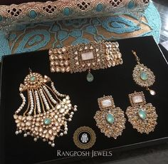 How Sell Gold Jewelry Pakistani Bridal Jewelry, Bridal Party Jewelry, Indian Jewelry, Wedding Jewelry, Gold Jewelry, Wedding Jewellery Inspiration, Stylish Jewelry, Bridal Accessories, Jewelry Collection
