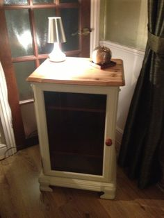 Upcycled pine hifi cabinet, with lifting lid painted in Annie Sloane Old White…