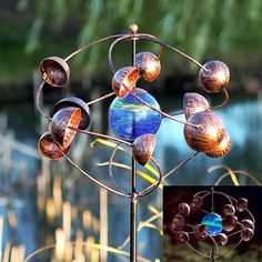 There is nothing ordinary about our Illuminarie Cosmic Kinetic Spinner Stake. This innovative piece will highlight any surrounding landscape, whether it's a flowerbed, garden or landscape.