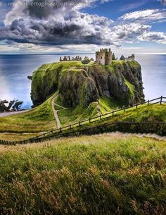 Dunnottar Castle, Scotland - (explore your biking wanderlust on www.motorcyclesco...) . . . . . der Blog für den Gentleman - www.thegentlemanclub.de/blog