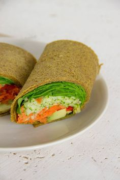 Yummo Raw wraps These guys were so easy to make its not funny Ive been having a bit of a pumpkin phase recently and have been adding Nutritional Yeast into my pumpkin sou. Paleo, Raw Vegan Recipes, Diet Recipes, Vegetarian Recipes, Cooking Recipes, Keto, Vegan Raw, Cooking Tips, Raw Food Diet Plan