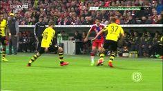 Piłkarz Bayernu Monachium fantastycznie wyszedł z trudnej sytuacji • Bayern vs Borussia • Zobacz trik piłkarski Thiago Alcantary >>