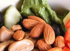 ¿Estás a dieta? Entérate sobre el peligro de los frutos secos