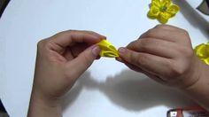 como hacer una flores en cinta para el cabello paso a paso