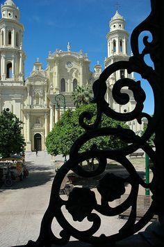Catholic Church through the detail of the Iron Gazebo, Town Square, Hermosillo, Sonora, México