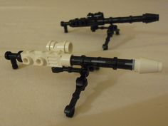 Brick-built LEGO MG42 with Winter Version
