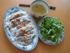 banh cuon,  vietnamese cakes, vietnamese cuisine, Vietnamese dishes, vietnamese recipes, polrolled rice pancake, steamed rice rolls