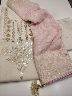 Designer Party Wear Dresses, Kurti Designs Party Wear, Dress Indian Style, Indian Fashion Dresses, Dress Fashion, Stylish Dress Designs, Stylish Dresses, Kurti Embroidery Design, Hand Embroidery