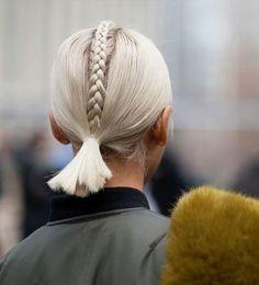 Más fácil de lo que parece y Chiara Ferragni approved: atrévete con una middle braid » Fashionisima