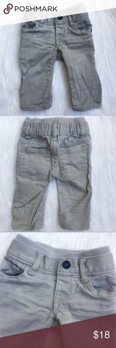 baby Gap  1969 👶🏼 Denim Jeans 0-3 Months Adorable classic denim baby Gap jeans in grey. These have fabric elastic stretch but in waist. Button from closure and belt loops. In very good used condition, worn once. 0-3 Months GAP Bottoms Jeans