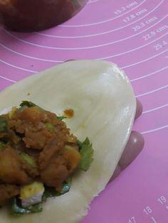 Punyalah Rangup Karipap Pusing Ni, Nak Buat Pun Senang, Inti Padu! - Pa&Ma Thai Curry Puffs Recipe, Curry Puff Recipe, Spiral, Food And Drink, Cooking Recipes, Ethnic Recipes, Chef Recipes