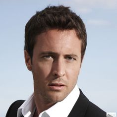 Some #AlexOLoughlin reality | Alex O´Loughlin ~ An Intense Study