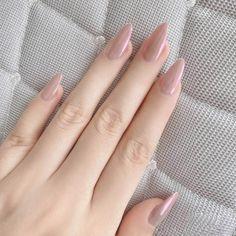 Acrylic Nail Tips, Cute Acrylic Nails, Glue On Nails, Nude Nails, Matte Nails, Gel Nails, Coffin Nails, Gorgeous Nails, Pretty Nails