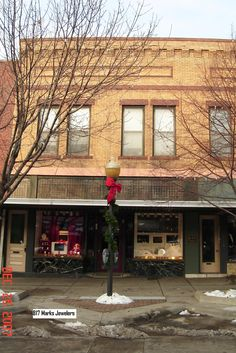 Barber Shop Lawrence Ks : downtown lawrence lawrence kansas downtown barber shop 824 barbers ...