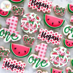 First birthday girl themes summer Popular Ideas Watermelon Birthday Parties, Fruit Birthday, 1st Birthday Party Themes, Baby Girl First Birthday, First Birthday Cookies, Birthday Ideas, Bday Girl, Watermelon Cookies, One In A Melon