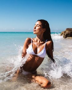 Seductive pretty woman in bikini swimwear at the beach. Visit us for more ! Beach Shoot, Beach Babe, Photoshoot Beach, Summer Pictures, Beach Pictures, Summer Photography, Photography Poses, Fashion Photography, Photography Training
