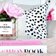 Image via We Heart It #blanket #books #chanel #cozy #designer #fashion #flowers #girlythings #home #homedecor #interiordesign #luxury #photography #pillows #girlyroom