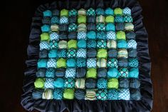 Sew Baby Blankets sponge with bubbles. Talk to LiveInternet - Russian Service Online Diaries Bubble Blanket, Bubble Quilt, Biscuit Quilt, Sewing Crafts, Sewing Projects, Sewing Ideas, Baby Puffs, Puff Quilt, Burp Rags