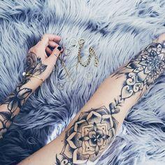 Grey, tattoos, jewellery, Gold, sleeve, tat, ink, blanket, ring, bracelet, fluffy, mat, carpet, leg, greyscale, greywash, Black, and, gray, nail polish, pretty, soft, beauty, diamonds