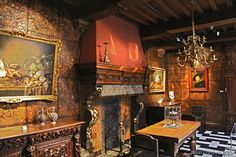 I absolutely love Rubenshuis! I need to visit one day! Rubens was a brilliant artist!