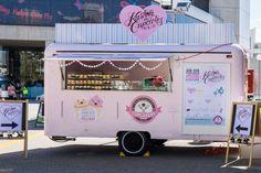 Super Ideas For Food Truck Ideas Trailers Mobiles Wheels Food Truck Business, Cake Business, Food Trucks, Foodtrucks Ideas, Food Vans, Truck Cakes, Korean Fried Chicken, Food Truck Design, Food Design