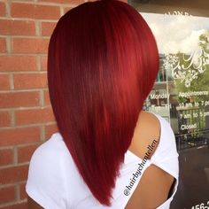 STYLIST FEATURE| This bob✂️installed by #AtlantaStylist @HairByChantelleN on @strawberriredd is EVERYTHING❤️This color is popping #VoiceOfHair ========================= Go to VoiceOfHair.com ========================= Find hairstyles and hair tips! =========================