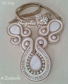 collares soutache - Buscar con Google Soutache Pendant, Soutache Jewelry, Macrame Jewelry, Beaded Necklace, Shibori, Jewelery, Jewelry Bracelets, Diy Rings, Wire Wrapped Earrings