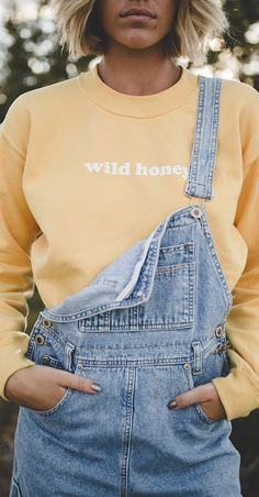 Wild Honey Sweatshirt Best Autumn Winter Fashion Trends For 2020 90s Fashion, Denim Fashion, Fashion Beauty, Autumn Fashion, Fashion Outfits, Womens Fashion, Fashion Tips, Fashion Trends, Fashion Ideas