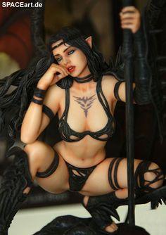 Luis Royo: Black Tinkerbell