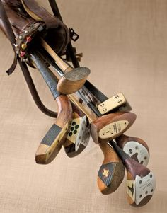 vintage golf pictures | antique-golf-clubs.jpg