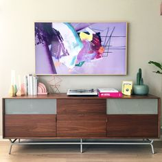 Samsung's The Frame TV is everything you would expect from a top of the line 4K Ultra High Definition Samsung TV. But there is more—so much more.