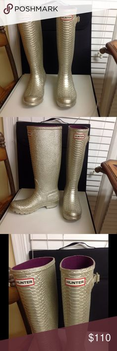 Hunter Rain Boots Size 6 Stunning gold limited edition skin like rain boots size 6. Like new condition, beautiful color, logo on front, low price. Questions feel free to contact me. Hunter Shoes Winter & Rain Boots