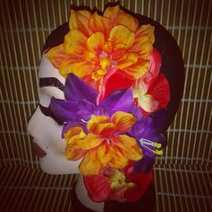 Pretty large orange red abd purple tropical hairpiece is available for $14 plus shipping. ..leave email to purchase. ...remember ladies #tikioasis is right around the corner! ! #deadlydinaaccessories #tiki #tropical #hawaiin #luau #redtones #orangetones #purpletones #large #hairflowers #hairpiece #hairaccessories #vintageinspired #pinup#rockabilly #retro