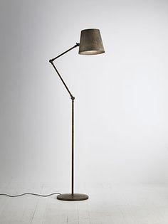 Reporter | Lampade a sospensione, applique, lampade da tavolo e piantane da interno in ferro e ottone