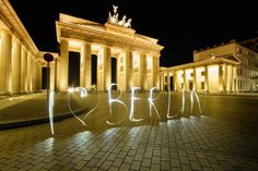 Love. Brandenburger Tor. Pariser Platz.