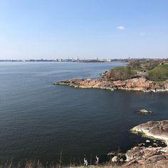 Suomenlinnassa esikoisen kanssa 😎❤️ #suomenlinna #viikonloppuloma Tzatziki, River, Outdoor, Outdoors, Outdoor Living, Garden, Rivers