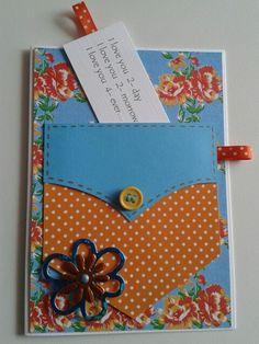 Broekzak kaart in blauw met oranje . Het gedichtje kun je vervangen door ander gedicht of geld.