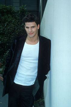Angel (David Boreanaz) Buffy season one promo