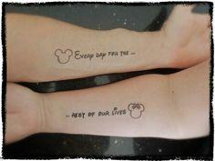 2017 Trend Paare Tattoos - Disney unter dem Motto Paar Tattoos Source by Bff Tattoos, Tattoos Infinity, Friend Tattoos, Cute Tattoos, Tattoo Quotes, Tattos, Couple Disney, Disney Couple Tattoos, Married Couple Tattoos