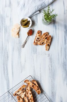 FIG AND GINGER CRISPBREADS - The Purple Ladle