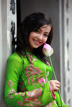 asian singles in east greenbush Asian singles in coyote | casual dating with sweet persons  animals called  the eastern wolf and the red wolf, which flores considers valid species in the book ,.