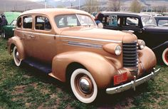 1937 Oldsmobile 4 Door