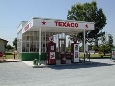 vintage gas station interiors - Google Search Old Gas Pumps, Vintage Gas Pumps, Firestone Tires, Radiator Springs, Gas Service, Streamline Moderne, Old Gas Stations, Old Country Stores, Filling Station