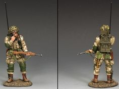 World War II U.S. 82nd Airborne DD222 Standing Radioman - Made by King and Country Military Miniatures and Models. Factory made, hand assembled, painted and boxed in a padded decorative box. Excellent gift for the enthusiast.