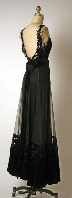 Dior Dress - back - 1947 - House of Dior (French, founded 1947) - Design by Christian Dior (French, 1905-1957) - Silk, cotton - @~ Mlle by Cathi-d